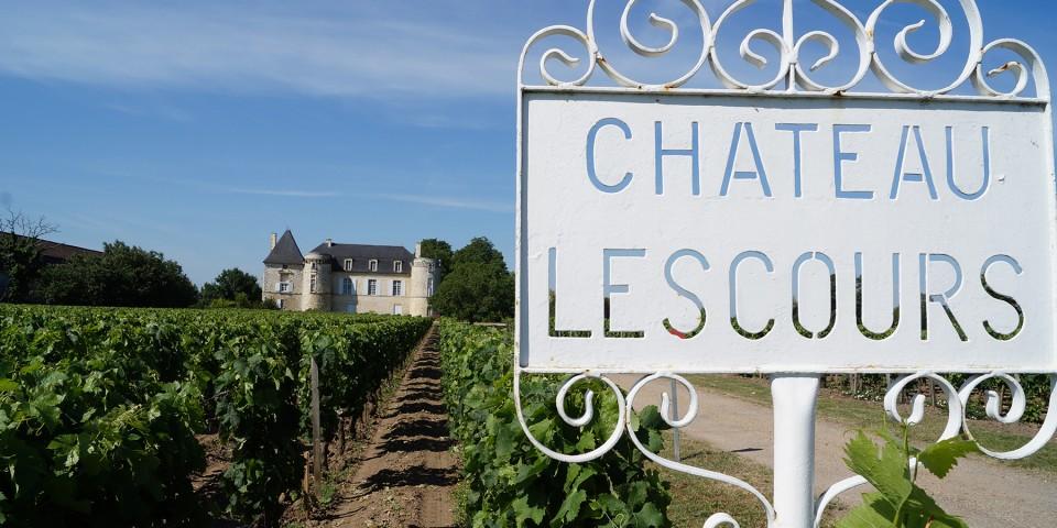 Chateau <span>de Lescours</span>